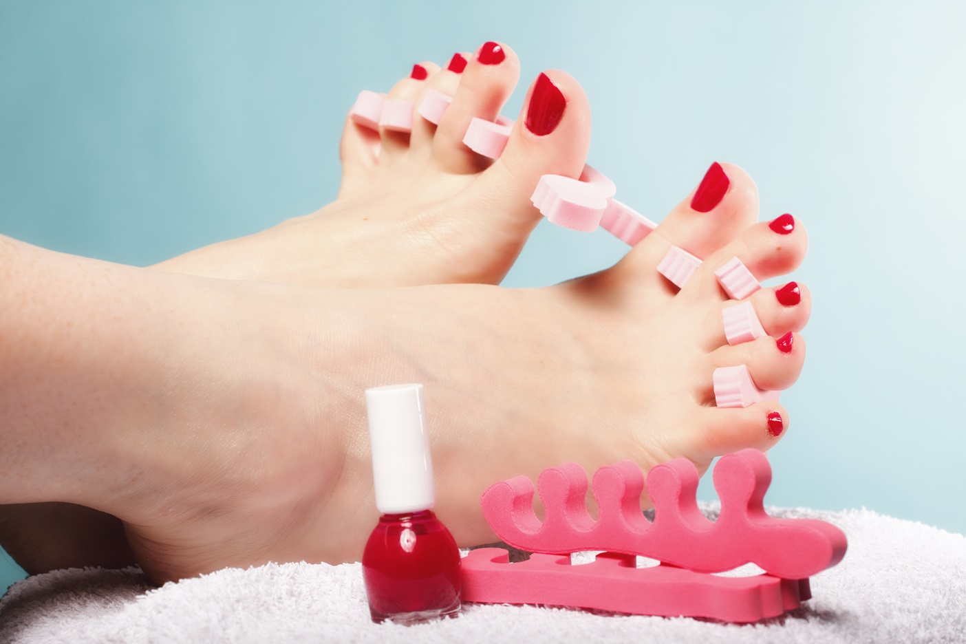 My easy DIY pedicure to treat your tootsies!