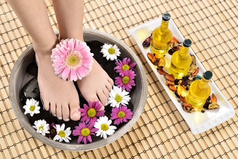 summer ready feet with Mellow Skincare