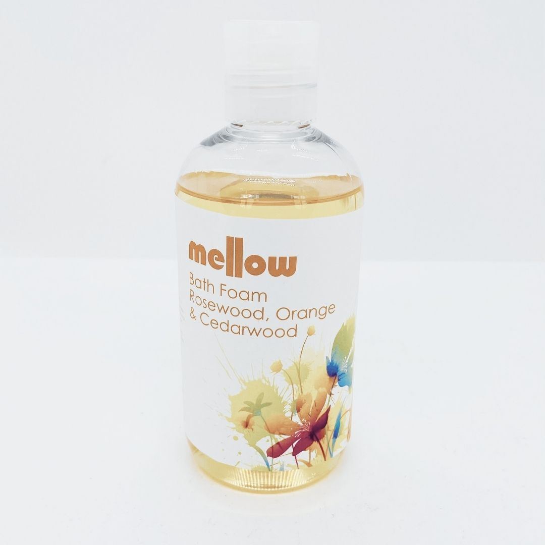 mellow-skincare-rosewood-orange-cedarwood-bath-foam